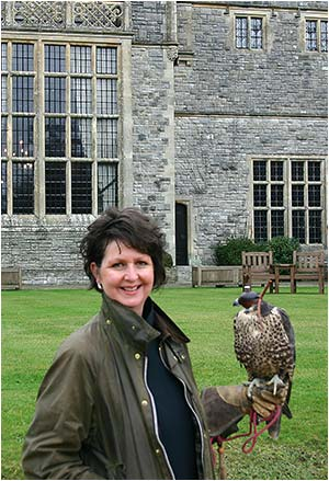 Mandy Manning with a Lana Kestral at Rhinefield House